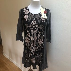 Johnny Was Tunic NWT Embroidered